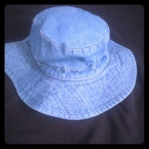 Accessories - Denim bucket hat